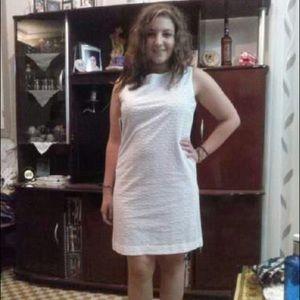 L white dress